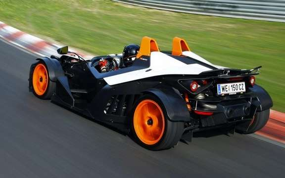 KTM X-Bow R: Belts four points of rigor picture #3