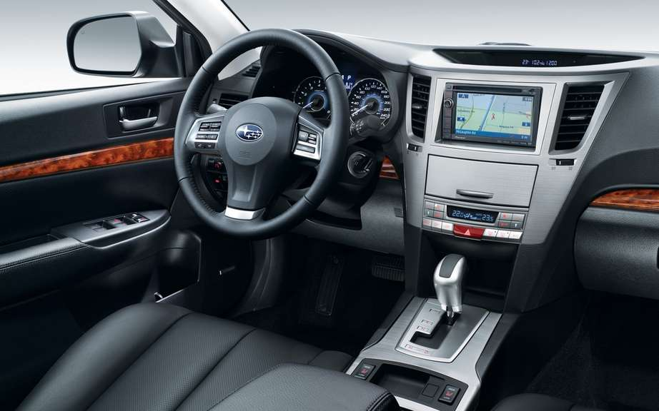 Subaru presents the function of integration of smart phones for 2012 model year