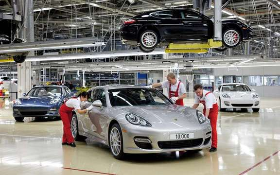 Porsche Panamera: 10,000 units already produced picture #2