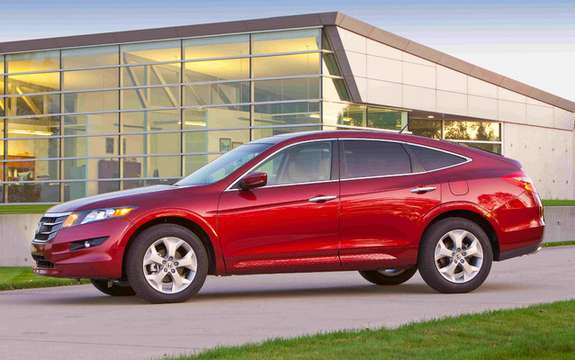 Honda Canada unveiled the price of its 2010 model Accord Crosstour