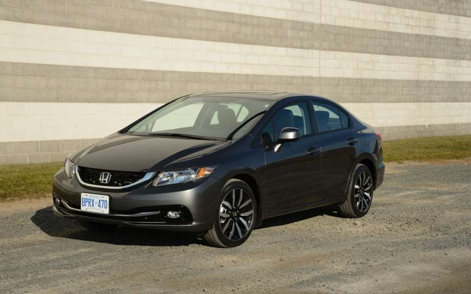 Honda Civic: The most sold in Canada for 16 years picture #4
