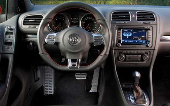 VW Golf GTI 2010, must picture #9
