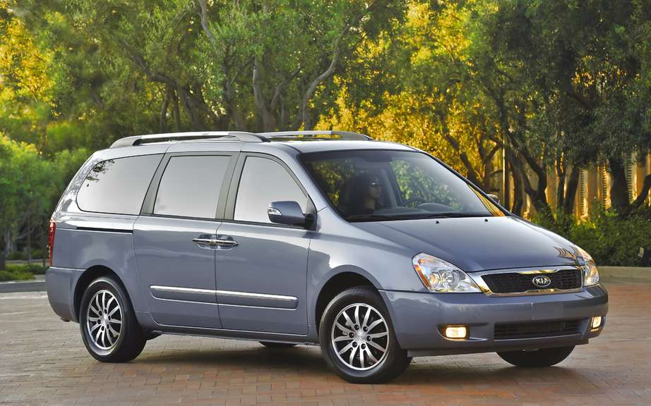 Kia recalls over 96,000 Sedona