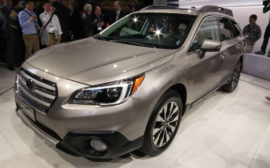The Subaru Legacy and Outback to get the highest score IIHS picture #1