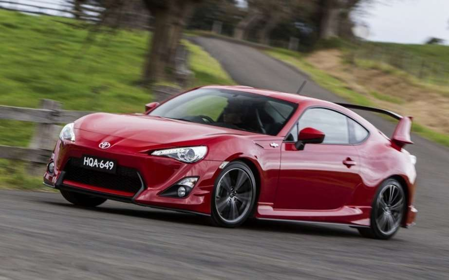 Toyota GT-86 hybrid drive picture #2