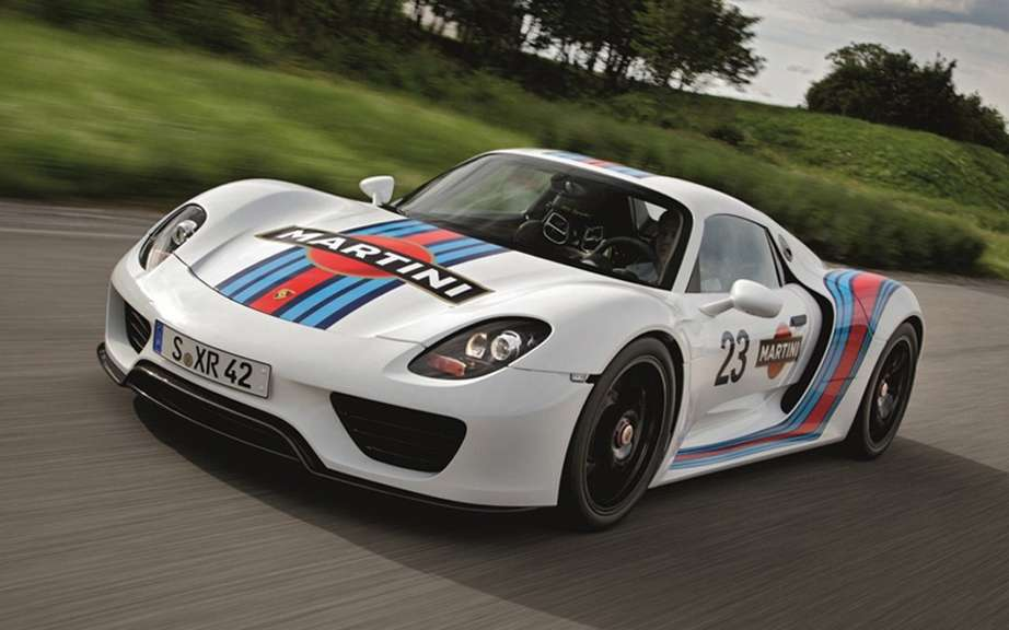 Porsche celebrates 50 years of its 911 Goodwood picture #12