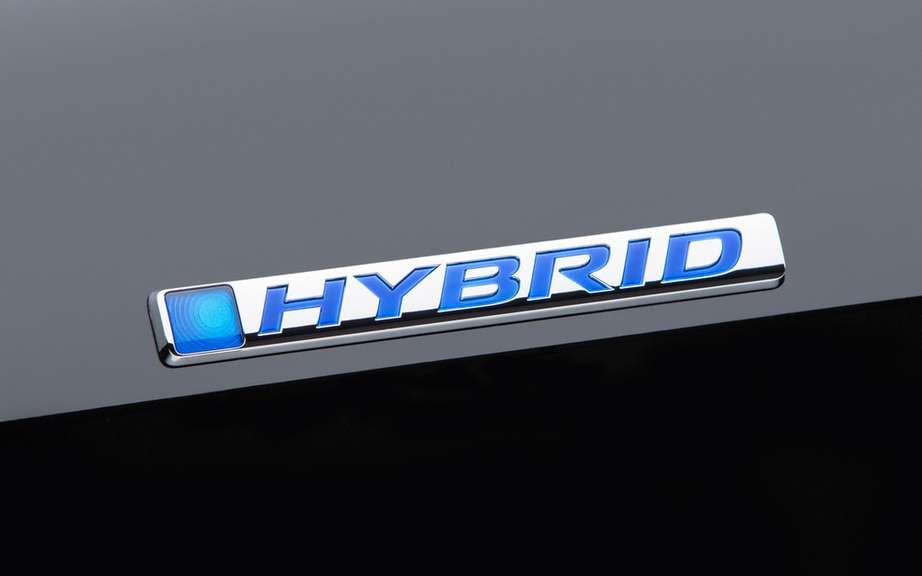 Honda presents its Accord sedan 2014 hybrid drive picture #9
