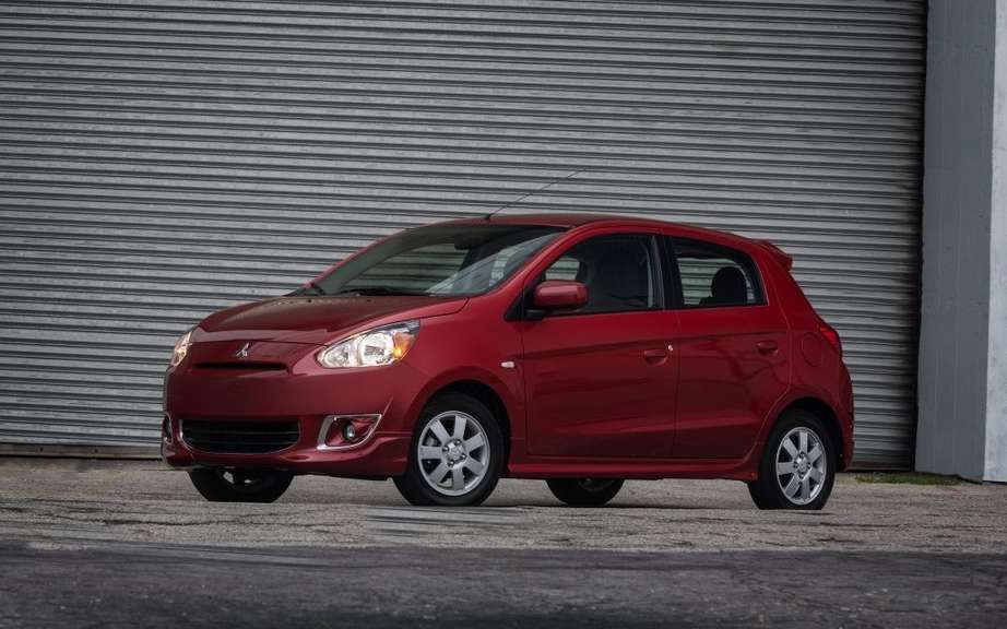 Mitsubishi offer a Mirage sedan in 2015 picture #3