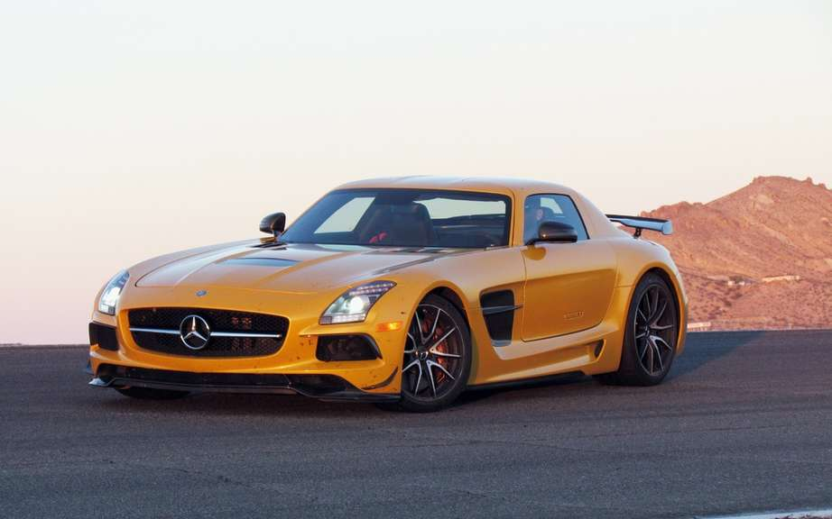 Mercedes-Benz SLS AMG Electric Drive: Champion Nurburgring picture #2
