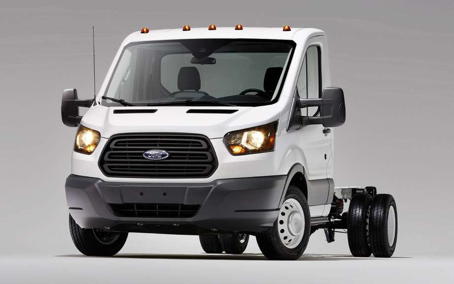 Ford Transit Chassis models presents its cabs and vans