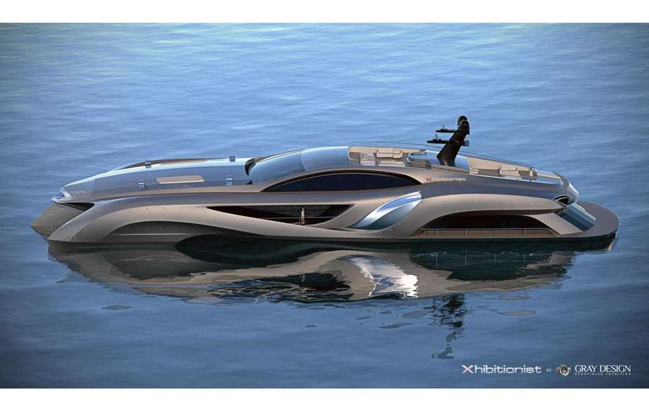 Xhibitionist Yacht: heliport and showroom included!