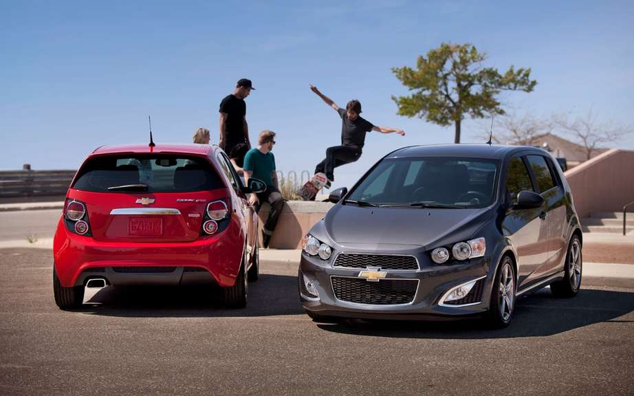 Chevrolet Sonic RS 2013: sold from $ 25,060