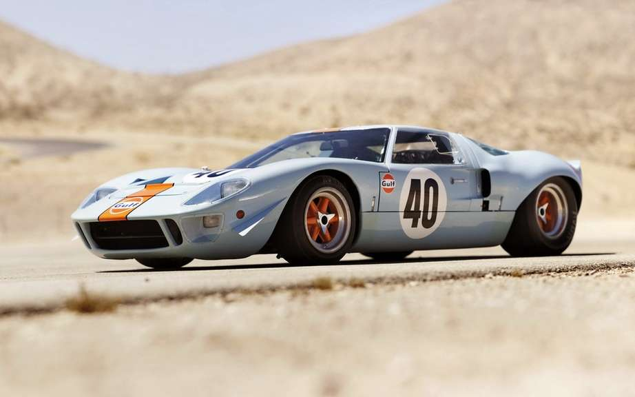Ford GT40 Gulf / Mirage 1968 sold 11 million
