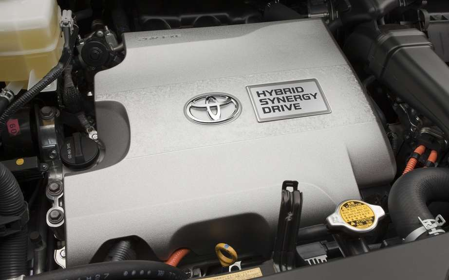 Toyota hybrid engines provide a BMW
