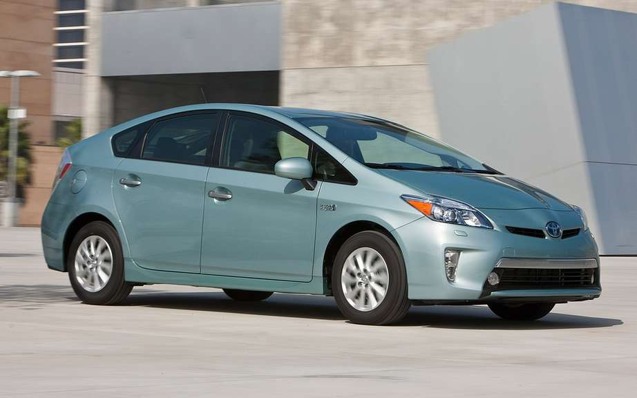 Toyota sees global sales of hybrid vehicles surpass the 4 million units