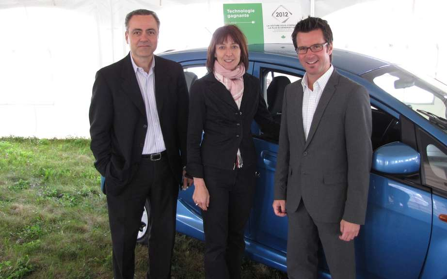 Mitsubishi participated in the Environmental Fair and Ecohabitation