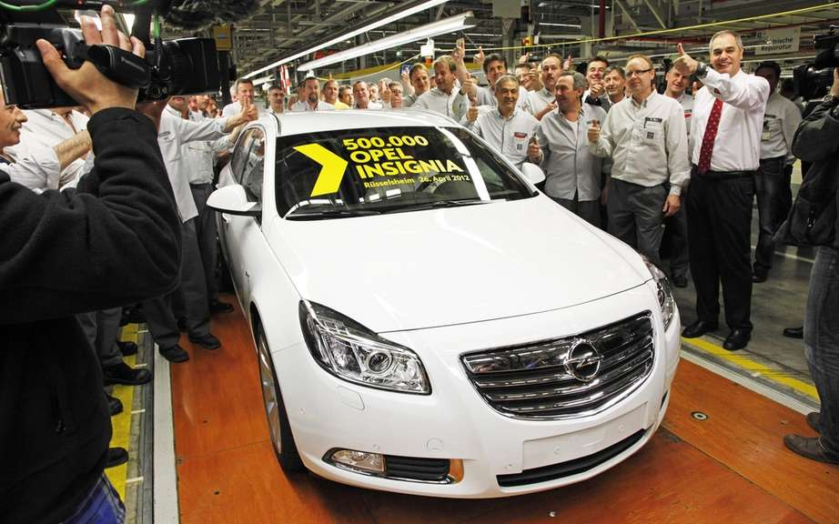 The 500 000th Opel Insignia leaves the factory of Russelsheim