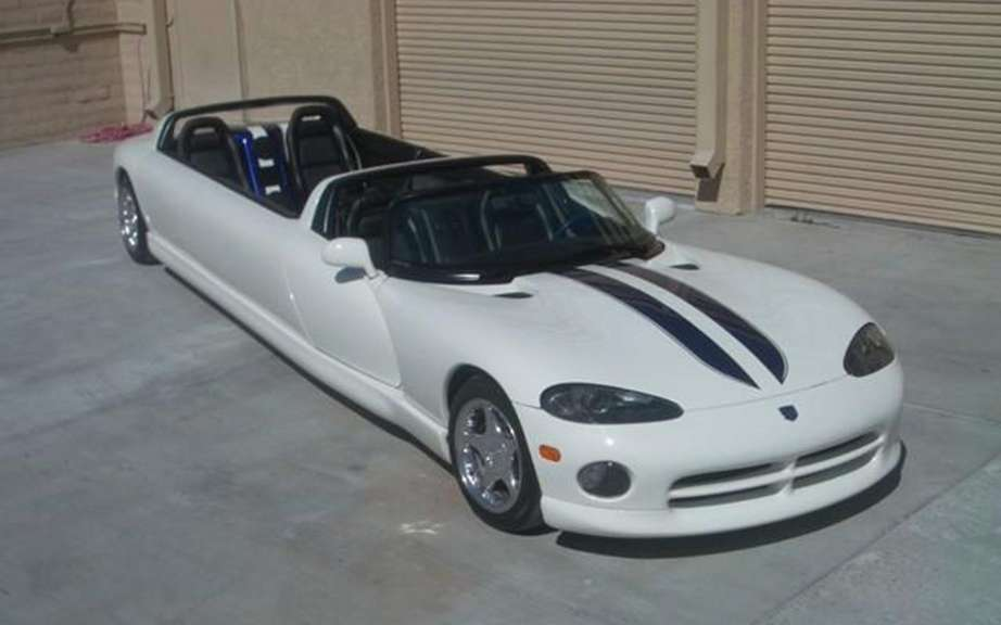 Dodge Viper convertible limousine: the madness of Las Vegas picture #1