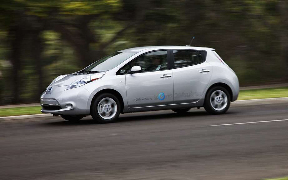 Nissan LEAF 2012: Resumption of online booking