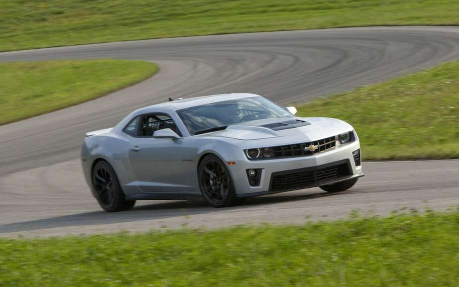 Chevrolet Camaro ZL1 2012: The racier ever offered